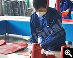 العمال هي قطع لوح المطاط مقاومة البلى